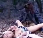 【本物レイプ動画】浮浪者風の男に野外で襲われたビッチが汚いティムポを強引にぶち込まれて生姦膣内射精・・・